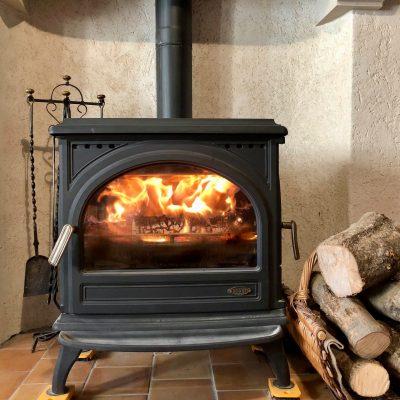 Cheminé dans la Maison Authentique Haute Provence - Simiane-la-Rotonde
